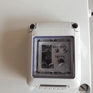 Projetor iluminação de emergência 118 botão